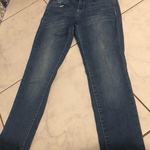 Wallflower jeans size 7 light wash/acid wash